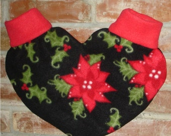 Christmas Poinsettia Heart Shaped Lovers Mitten Snuggle down for warm romantic walks