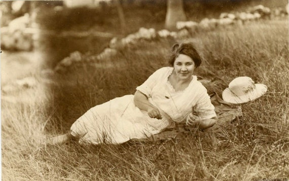 "Vintage Photo Postcard ""Young Beauty"", Photography, Paper Ephemera, Snapshot, Old Photo, Collectibles - JL018"