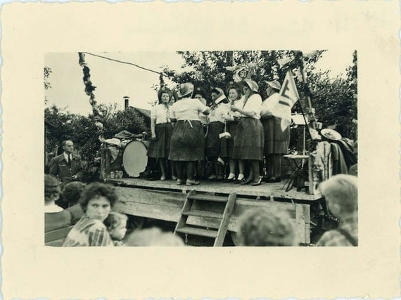 """Vintage Photo """"Dancing Stage"""", Photography, Paper Ephemera, Snapshot, Old Photo, Collectibles - 0001"""