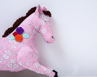 Pink fabric horse toy, stuffed animal, animal softie, crochet flower embellishment, child gift or collectible, Size 8.2 inch/ 21cm