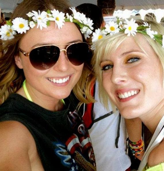 Bridesmaids hair wreath Daisy flower crown EDC Music Festival headband prom boho Halo Bachelorette party Wedding Bridal accessories