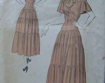 Fabulous Vintage 40's Misses Dress Pattern By ACADEMY AWARD WINNER Leah Rhodes