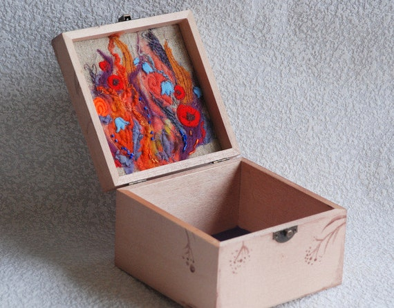 Wooden Jewelry Box-Keepsake Box with  flower embroidery.