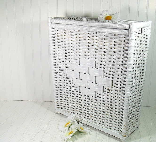 Vintage white wicker wood rectangular hamper shabby chic - Narrow clothes hamper ...