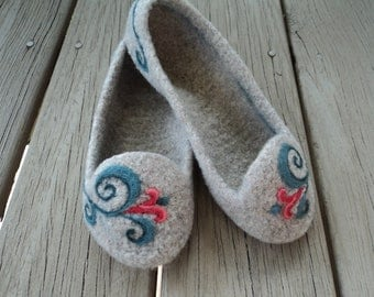 PDF Summer Slippers for Women Felted Wool Knitting Pattern