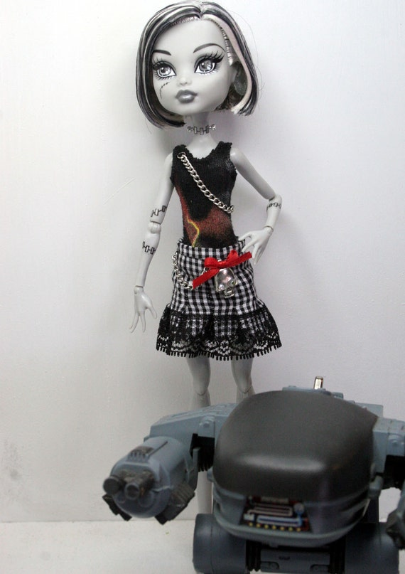 Skirt and One Piece Suit for Monster High