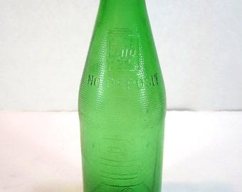 Pre-Deposit Green Glass 7-Up Bottle 1950's Vintage