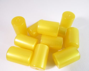 20 Vintage 12x8mm Yellow Moonglow Lucite Tube Beads Bd318