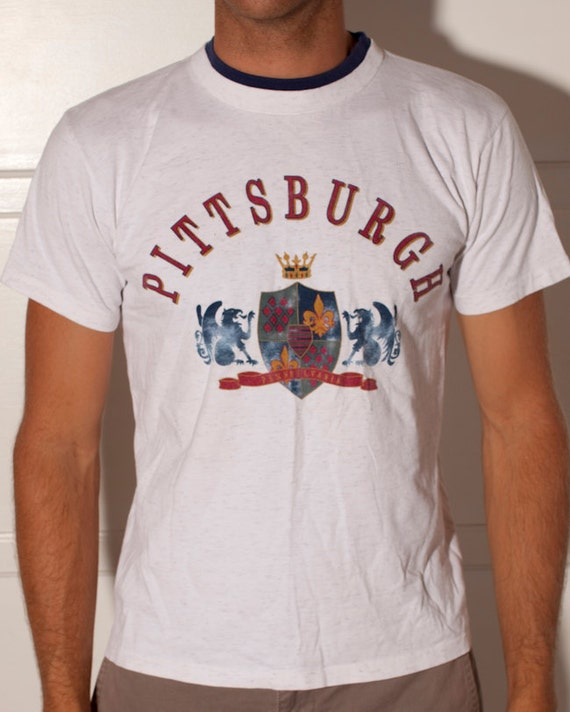 PITTSBURGH PENNSYLVANIA Tshirt - L