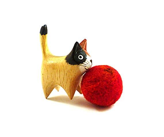 The Sun Wool Catnip Cat Toy