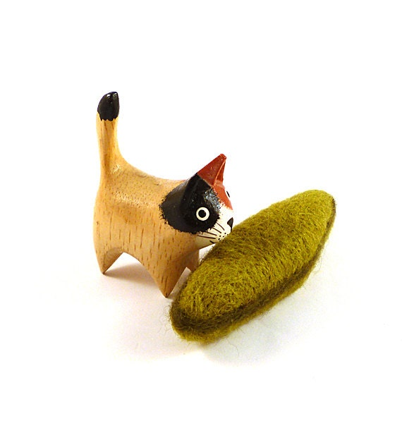 Diatom Catnip Wool Cat Toy