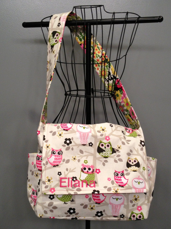 messenger style diaper bag owl fabric. Black Bedroom Furniture Sets. Home Design Ideas
