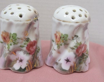Leuchtenburg Germany  Floral Designed Sugar Shakers c1950
