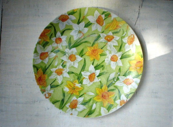 SALE, Decoupaged Porcelain Plate, Daffodils, Floral Art, Serving dish/tray