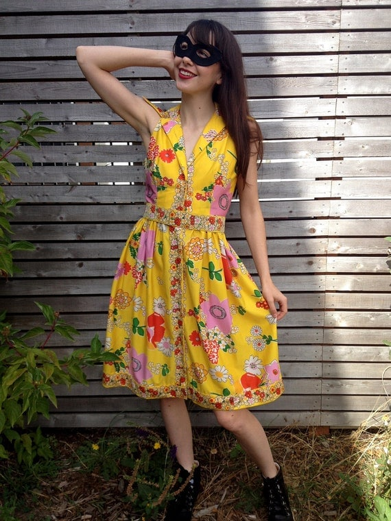 RESERVED Daenkelly: Stunning 1960's Oscar De La Renta Boutique Floral Dress Small