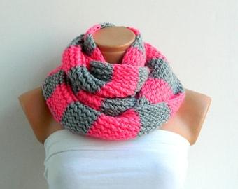 Blanket Scarf, Oversized Wrap Scarf Grey pink infinity scarf. Hand Knit Striped infinity scarf Block Infinity Scarf. Circle Scarf, Chunky