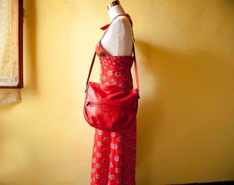 80s Vintage Red bag. Italian shoulder bag. Made in Italy. Hippie. Boho. 1980
