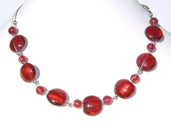 Red Razzmatazz Glass Disc Bead and Wire Choker Necklace