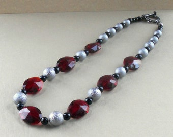 Red Faceted Silver Black Beaded Necklace Large Beads Chunky Festive Celebration Fashion Jewelry Acrylic Stardust Jewellery Free Shipping