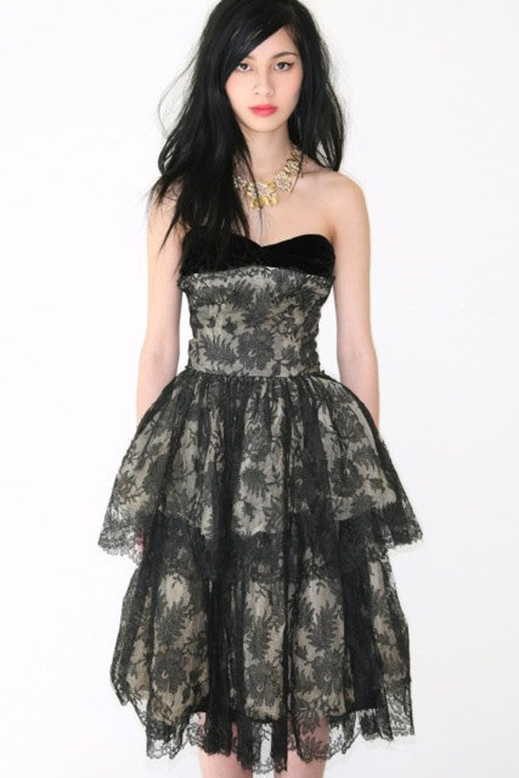 REDUCED was 525 now 425 amazing vintage 1950's black lace & velvet tiered prom cocktail evening gown