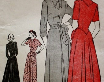 1940s One Piece Casual Dress with Back Interest Bust 36 Vintage Sewing Pattern Butterick 4649