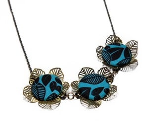 Tropical Print Flower Statement Necklace - Vibrant Teal & Black