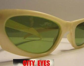 1950s Polaroid Cool Ray Sunglasses vintage Retro Mid Century