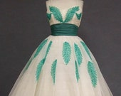 Free shipping - Green and Ivory vintage tea length dress 1950's Prom Dress Will Steinman, Original Tag.