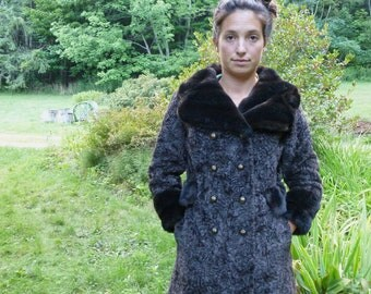 1950s Brown Persian Lamb and Mink Faux Fur Knee-Length Double Breasted Coat. ///Free Shipping to the US! \\\