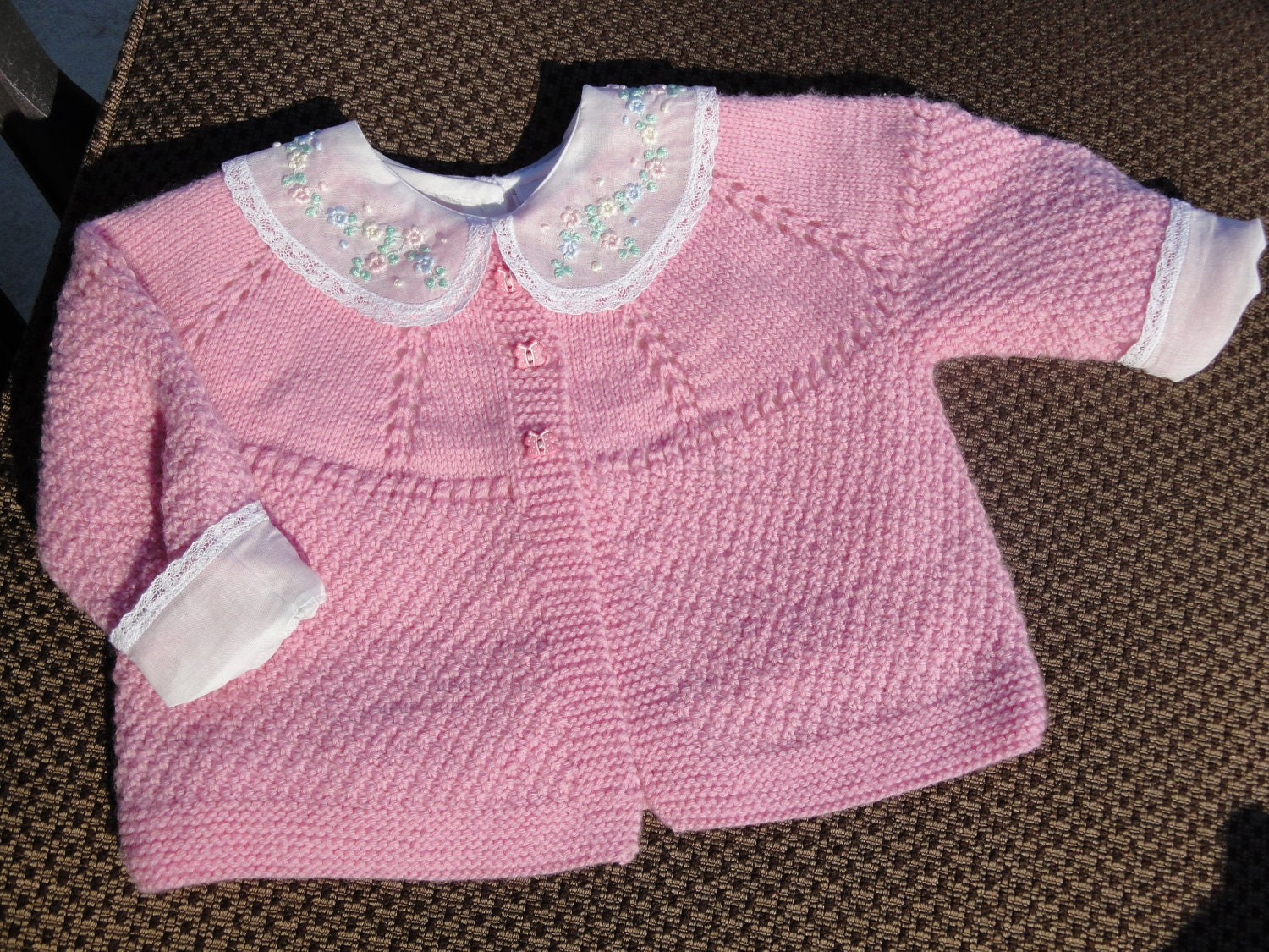 Pattern - Baby Rose Sweater to Knit