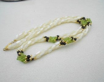 Vintage Twist necklace 3 strand Peridot mother of pearl and jet 1960s vintage jewelry  FREE USA SHIPPING