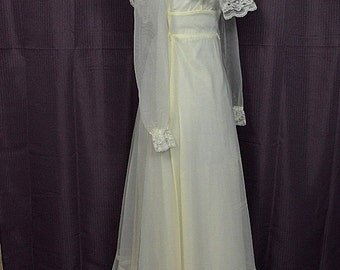 Vintage Ivory 1970s Peasant Ruffle & Bustle Long Sleeve Wedding Dress, 3-4