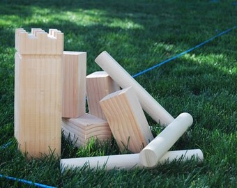 play KUBB - a fun family outdoor game