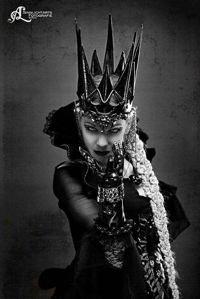 Fantasy Leather crown Dark Queen by Aetherwerk on Etsy