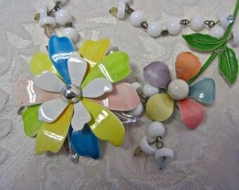 Sugar Magnolia:  Flower Necklace Vintage Repurposed Choker Sarah Coventry Mod Watercolor Pastel Floral Shabby Chic Boho Festival Coachella