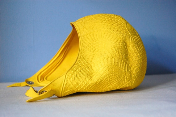Yellow Vintage Bathing Cap 60s Summer Rubber Diving Belle Swim