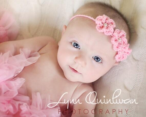 Download pdf crochet pattern blossom headband from for Diademas para bebes de ganchillo
