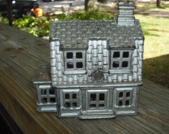 Vintage Cast Iron Still Bank, House,Cottage, Antique Bank, Home Decor, Collectible Bank