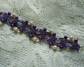 Beaded micro macrame bracelet in purple pearls. Macrame jewelry