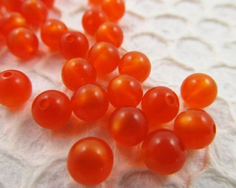 60 Vintage 8mm Fire Orange Round Moonglow Lucite Beads Bd536