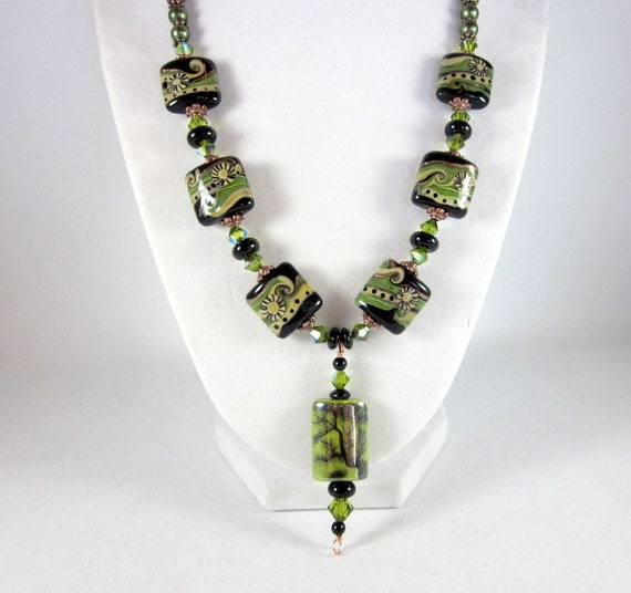 Green and Black Beaded Pendant Lampwork Necklace, Glass Beads Necklace, Pendant Necklace,  Fashion Jewelry, Gifts for Her