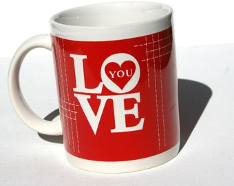 Vintage 1990 HEART cup of LOVE YOU with a key hole heart ceramic mug new condition Stitch Grid in Red & White