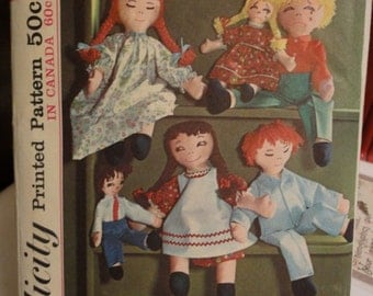 RAG DOLL Sewing Pattern - Vintage Dolls Clothes & Transfers Rare HTF