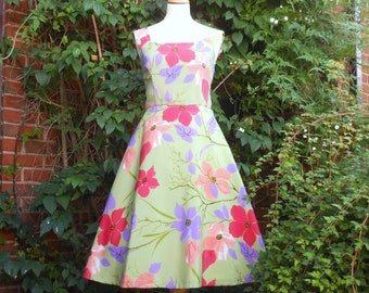 Vintage 1950s hand made dress UK 12, US 10 green, a one-off