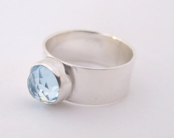Topaz Ring,  Sterling Silver ring, Sky Blue Topaz, Gemstone Ring, Size 7