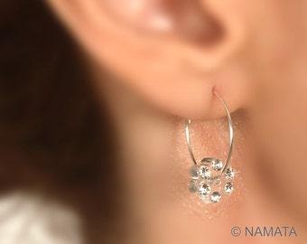 Small silver hoop earing, Sterling silver flower earring, Lucite flower earring, Clear lucite earring, Swarovski flower, Lightweight earring