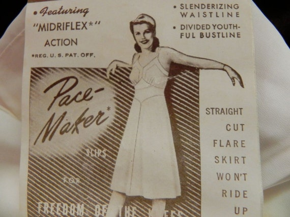 Vintage Slip Pinup Girl 40s with fab original tag and Key Hole Bust S - on sale