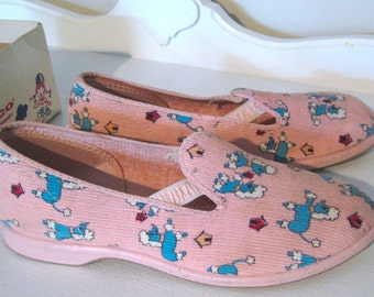 Vintage Childrens Shoes - Mid Century - Pink Poodles - Wellco - 1950's - Retro Child Loafers