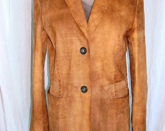 Vintage women suede beautiful coat size 42 french,light trendy beautiful and comfy.
