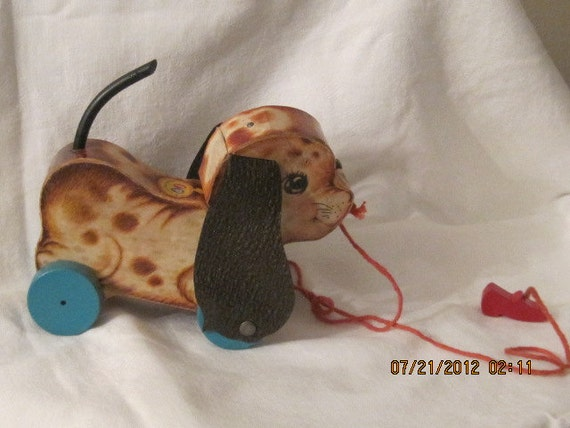 Fisher Price 1960 Dog Pull Toy Floppy Ears 625